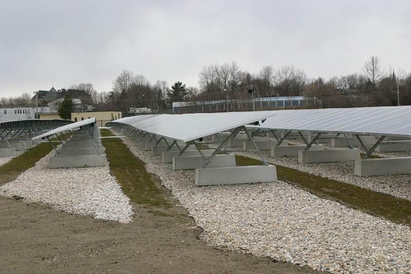 ClosureTurf, con sistema de lastre del panel solar