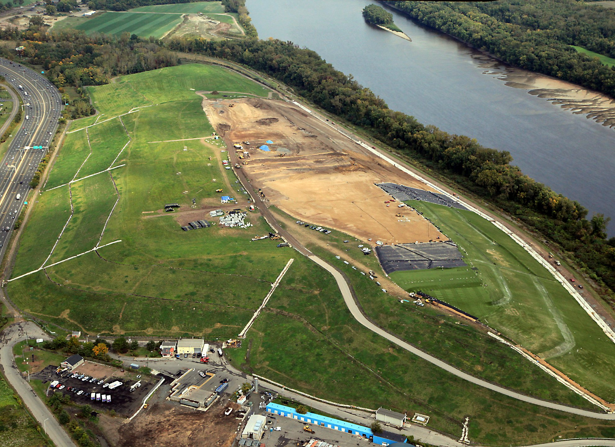 Watershed Geosynthetics, ClosureTurf® Assists Hartford Landfill Transform into a Model of Renewable Energy Innovation